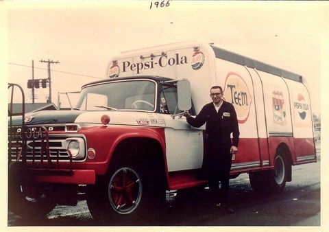 Pepsi Truck of Lou Winter, photo (1966).jpg
