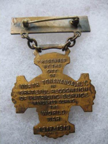 World War Service medal, North Tonawanda seal, back.jpg