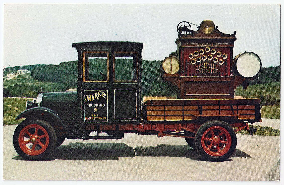 North Tonawanda Musical Instrument Works, organ and truck, photo (c1913).jpg
