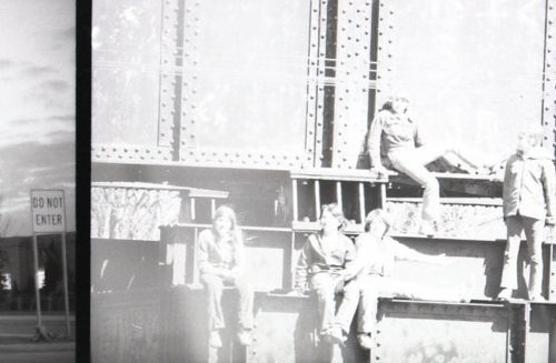 Bascule bridge with miscreants about (1978).jpg