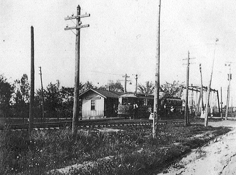 Martinsville Station, photo (c.1905).jpg