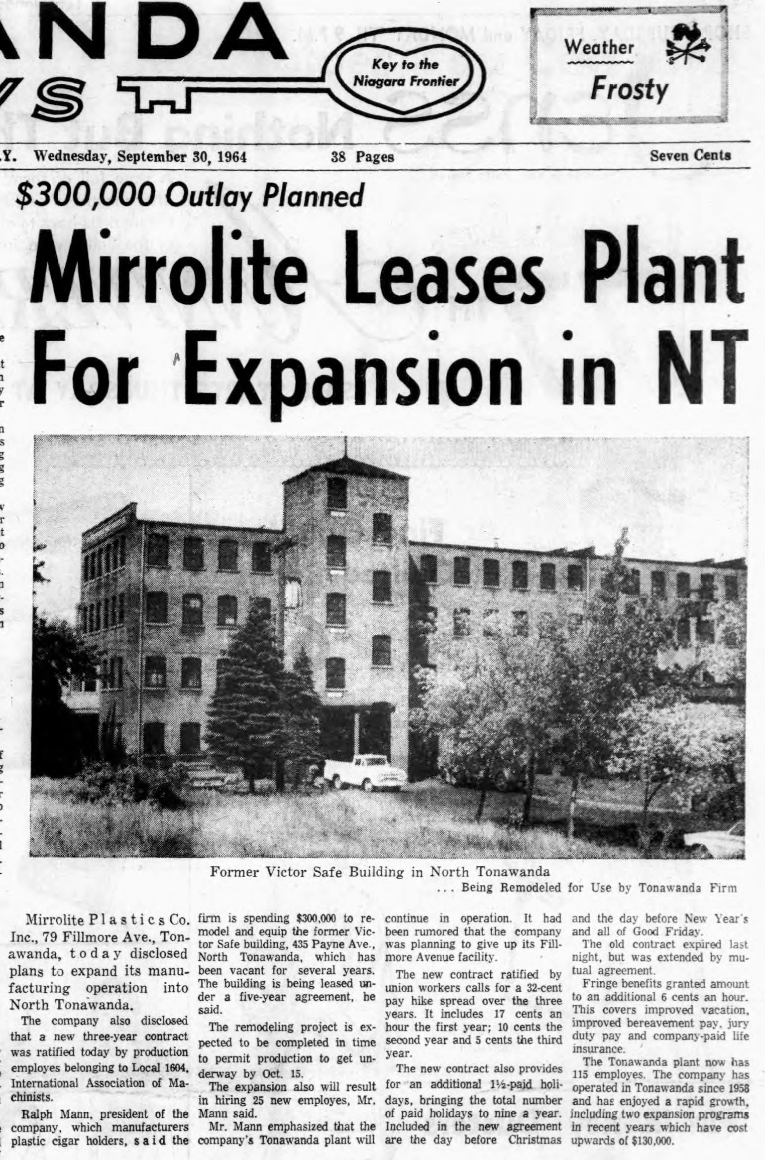 Mirrorlite Leases Plant for Expansion in NT, photo article (Tonawanda News, 1964-09-30).jpg