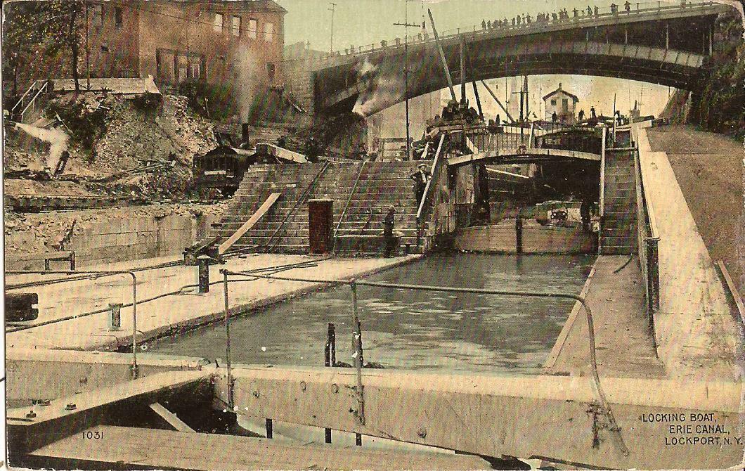 Locking boat, Erie Canal, postcard (c1910).jpg
