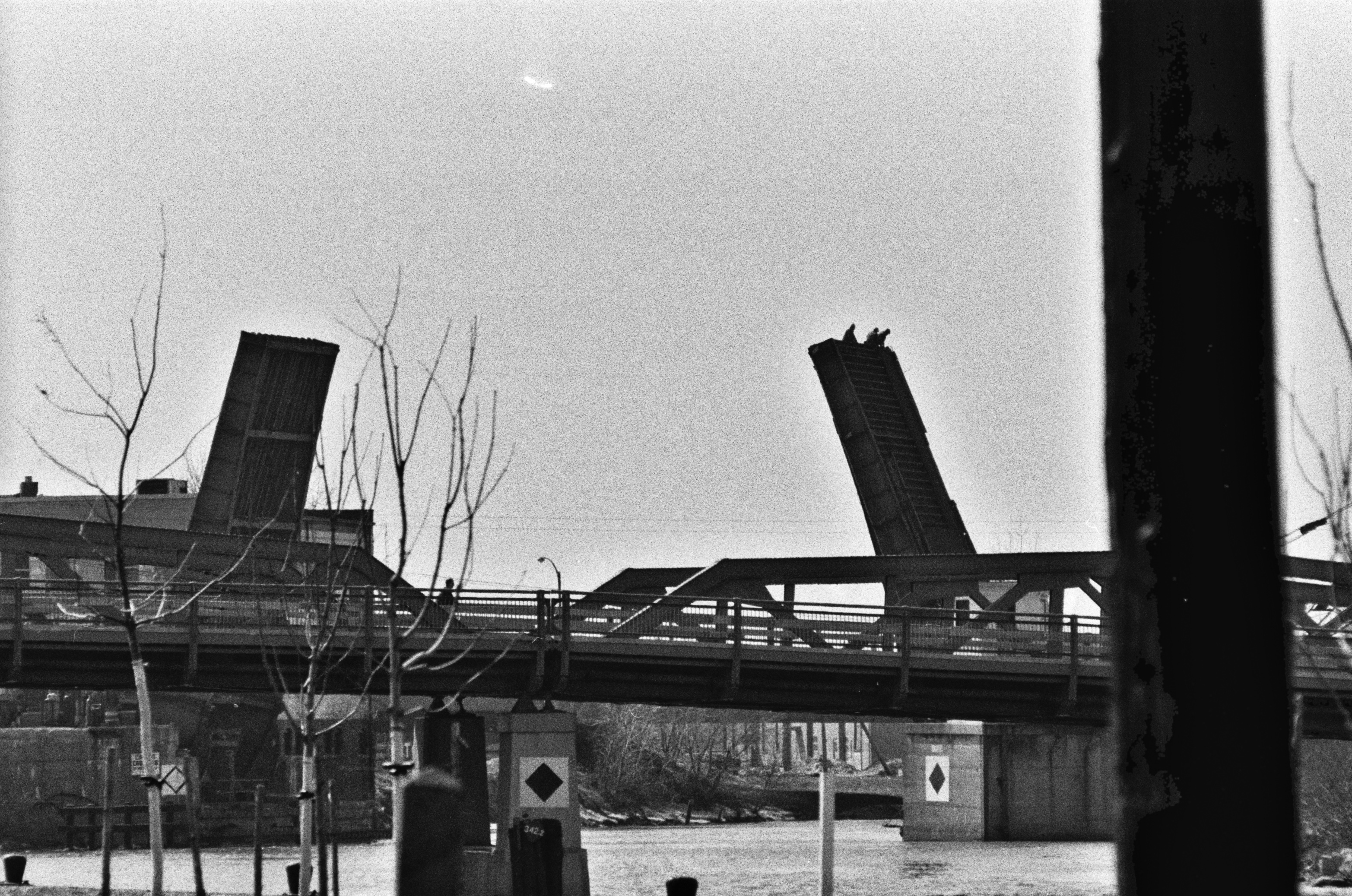 Bascule Bridge demolition 7, hi-res (1978).jpg
