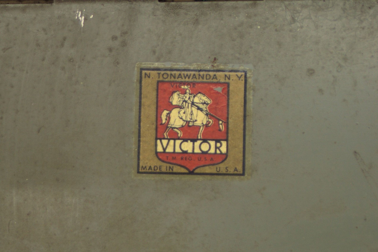 Victor Safe - Hanging Visible File, detail (photo).jpg