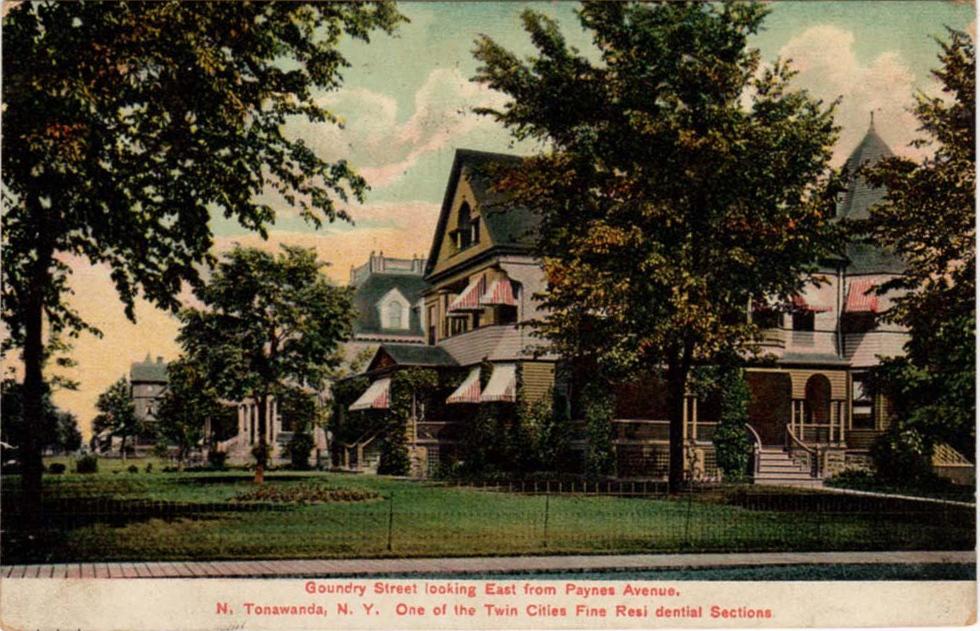 Goundry Street Looking East form Paynes Avenue, de Kleist residence, photo postcard.jpg