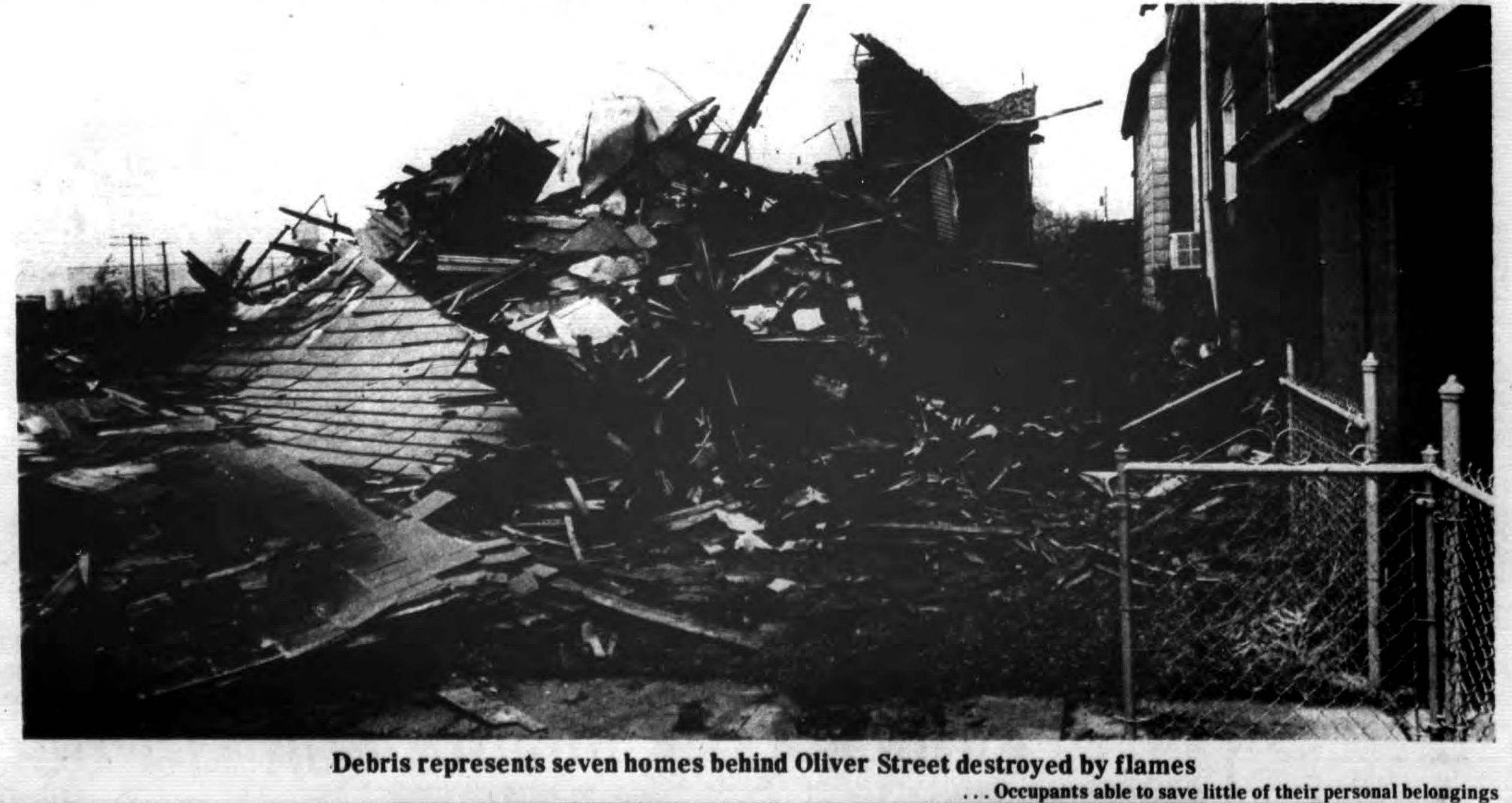 Debris of seven destroyed homes, Auto-Wheel fire, photo (Tonawanda News, 1972-05-31).jpg