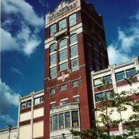 Wurlitzer tower in disrepair, wide, photo (Jeff Cushing, 1996).jpg