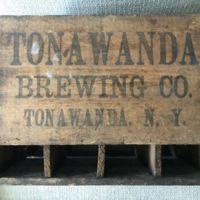 Tonawanda Brewing Company, crate (c1900).jpg