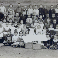 Union Free School No 1, class photo (1887).jpg