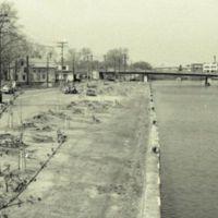 Delaware street bridge (c1978).jpg