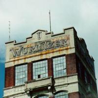 Wurlitzer tower in disrepair, photo (Jeff Cushing, 1996).jpg