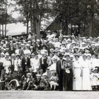 de Kleist company at Grand Island employee outing, photo (HST 396ls, c1903).jpg