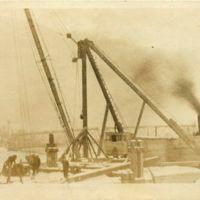 Derrick boat to remove Tonawanda dam, postcard (1918-01).jpg
