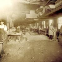 North Tonawanda Musical Instrument Works employees (DH c1910).jpg