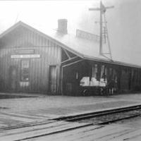 Erie Railroad (Buffalo Division) Depot at North Tonawanda, photo (c1900).jpg