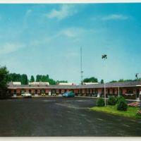 Beckers Tourotel Motel, 2468 Niagara Falls Blvd, postcard (c1960).jpg