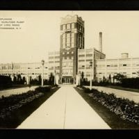 Esplanade the Great Wurlitzer Plant, Home of Lyric Radio, photo postcard (c1935).jpg