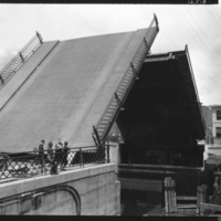 View of the Main Webster St. Bridge, photo (1920-08-03).jpg