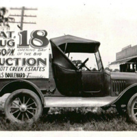 Ellicott Creek Estates sign on car, photo (c.1923).jpg